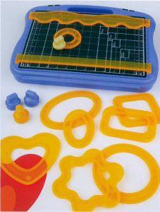 Set da taglio per decorazioni in carta o cartone - 15 pezzi - art. 78 514 00 - Rayher