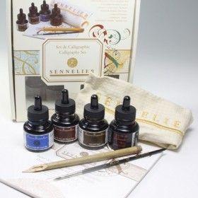 Set per Calligrafia - Calligraphy Set - Confezione con 4 flaconi di inchiostro ed Accessori Selezionati - art. N134021.00 - Sennelier