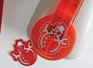 Perforatore - Multi Detail Punch - Pupazzo di Neve - Grande - h 4 cm - Accessorio per Scrapbooking - art. 736E - Tonic Studios